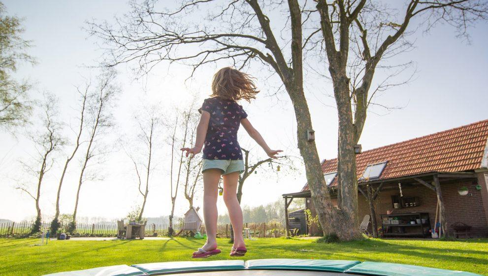 Derfor er en trampolin den perfekte fødselsdagsgave til dine børn